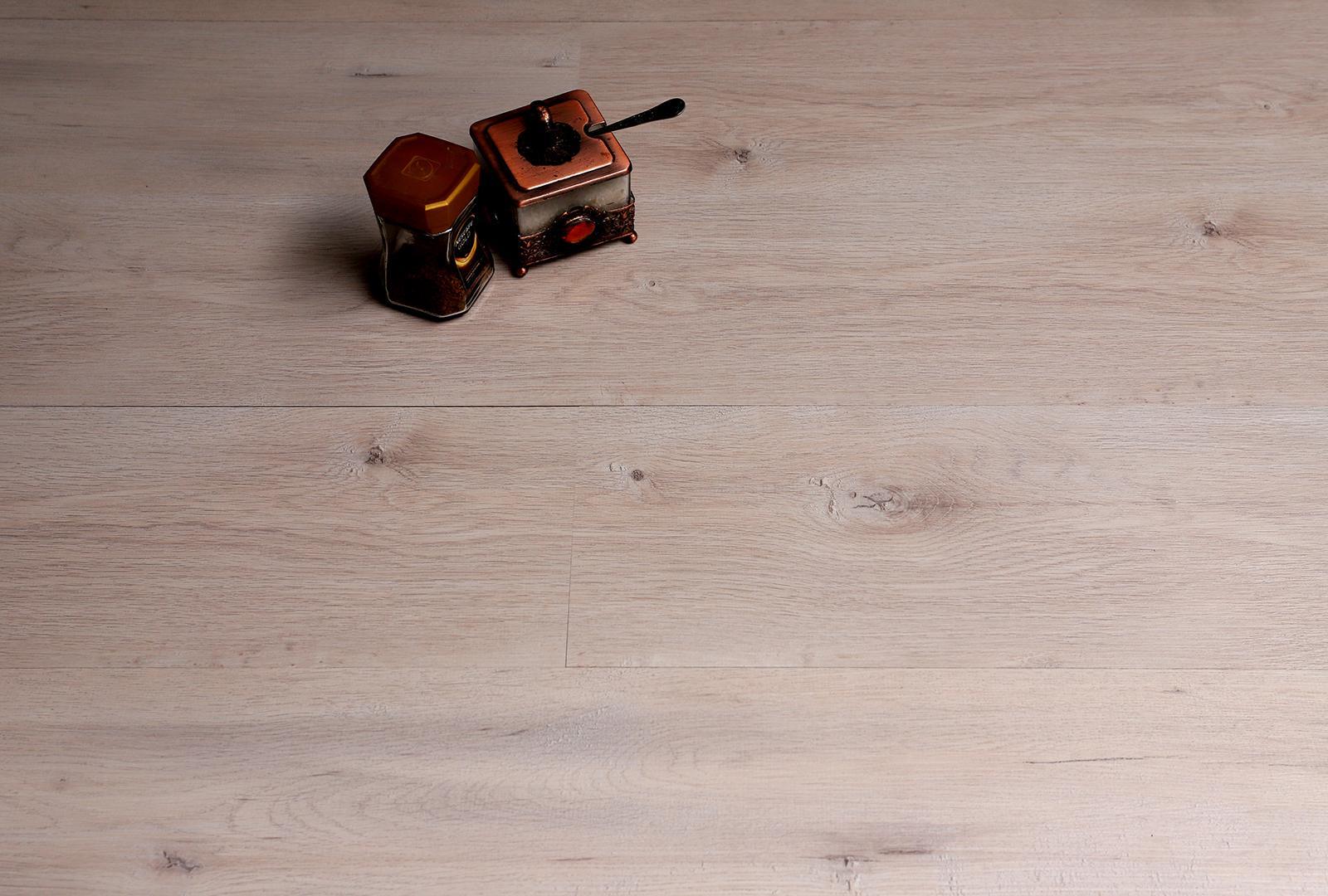 Cream Oak Laminate Flooring Laminate Flooring Ideas